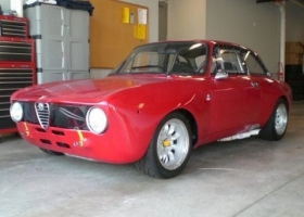 1972_alfa_romeo_gtam_race_car_replica_front_1