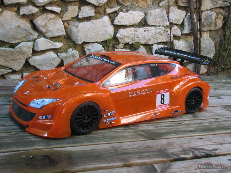 renault_megane_trophy_1-5_orange_01