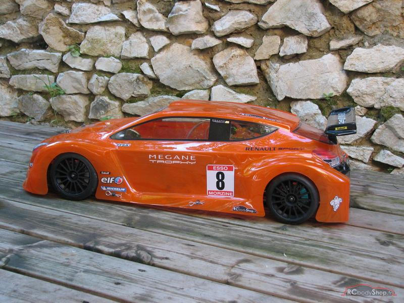 renault_megane_trophy_1-5_orange_02