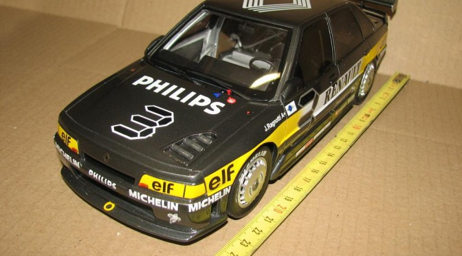 r21 turbo superproduction 1988 by Otto Models